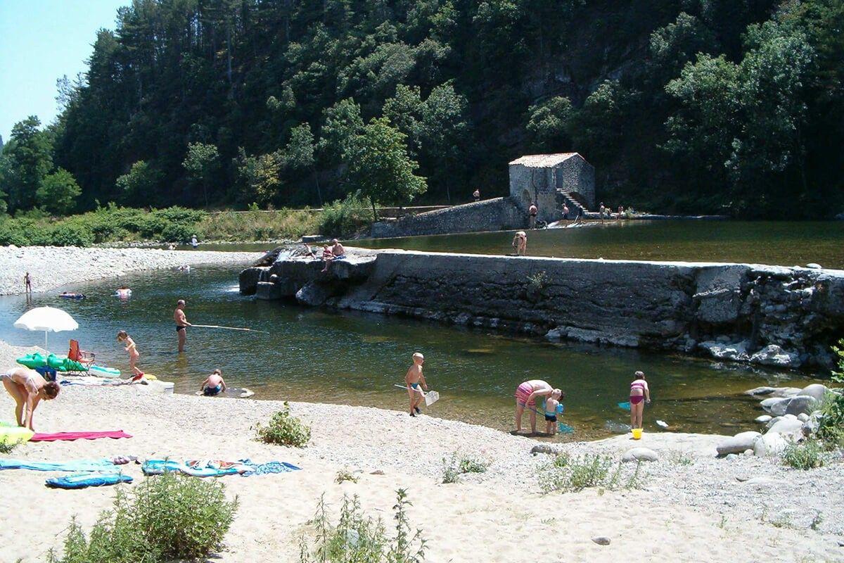 Baignade dans l'Ardèche
